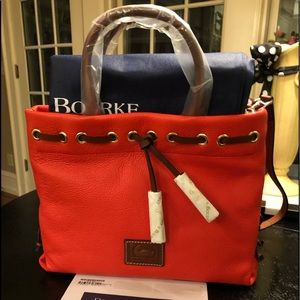 NWT Dooney & Bourke Handbag 👜 Salmon.
